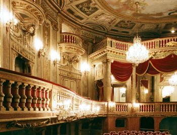 schoenbrunn-theater 33